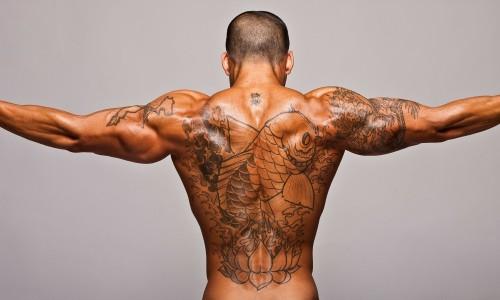 Призывник с татуировками
